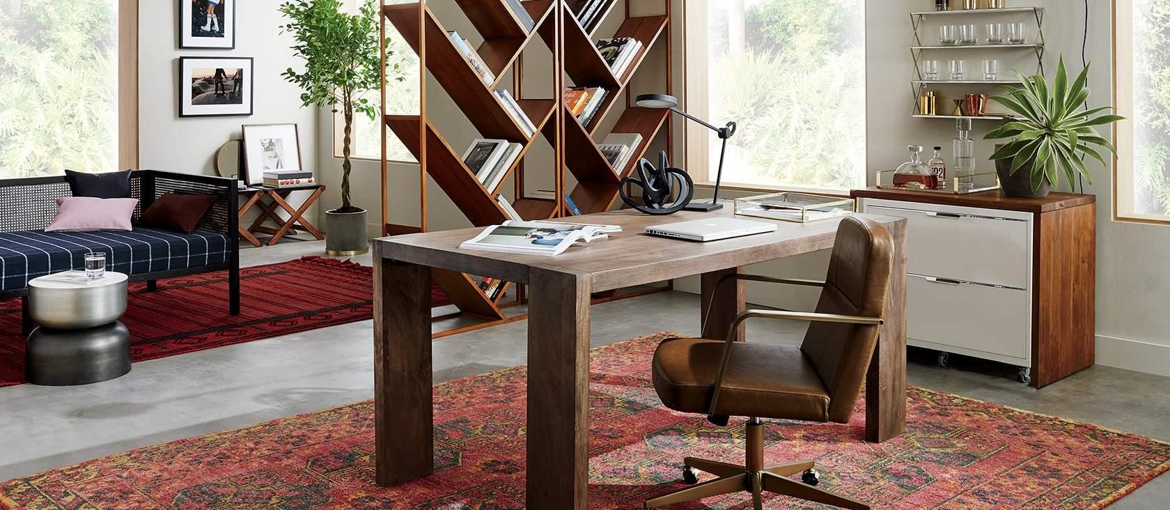 Дизайн интерьера кабинета руководителя из массива