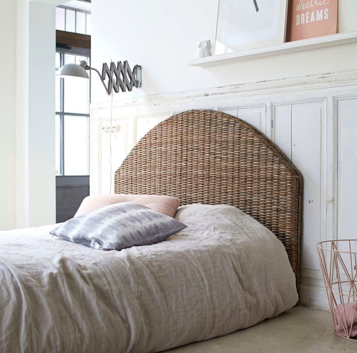 Оформление плетеного изголовья кровати