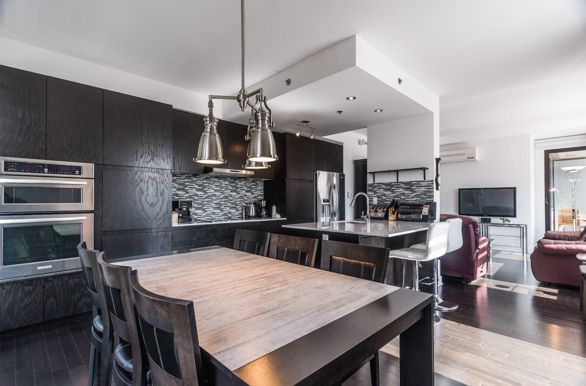Стеная из гипсокартона между гостиной и кухней