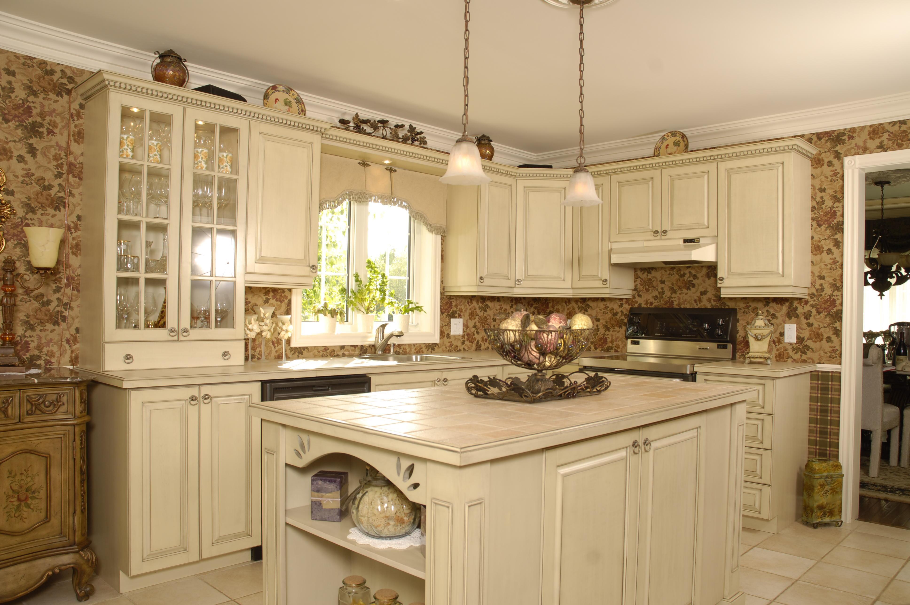 Кухня прованс в частном доме