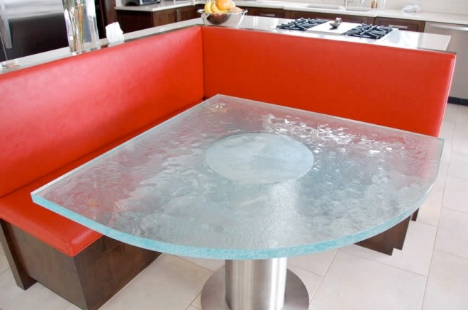Иные формы обеденных столов