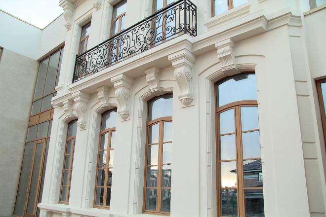 Фасадный декор из гипса