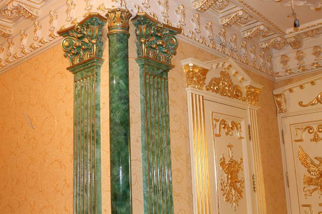 Пилястры и колонны