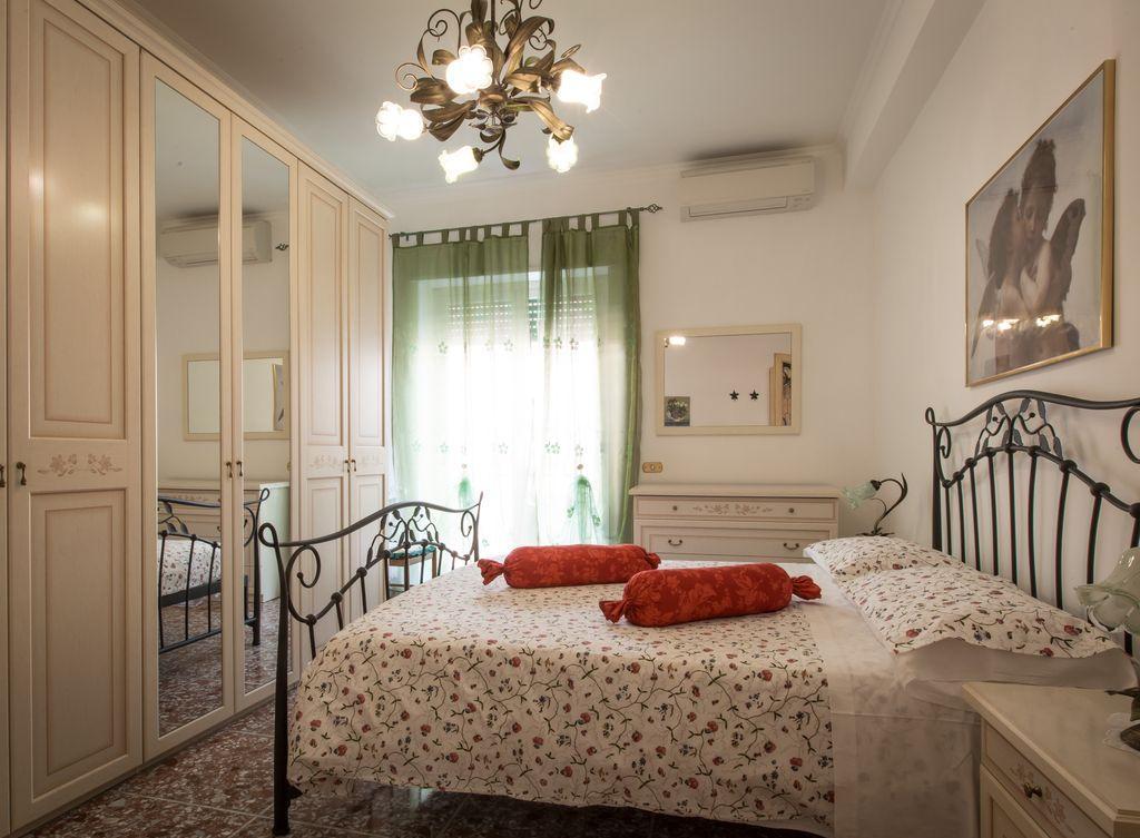 Дизайн спальни 18 кв м в стиле прованс