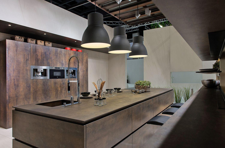 Кухня лофт в частном доме