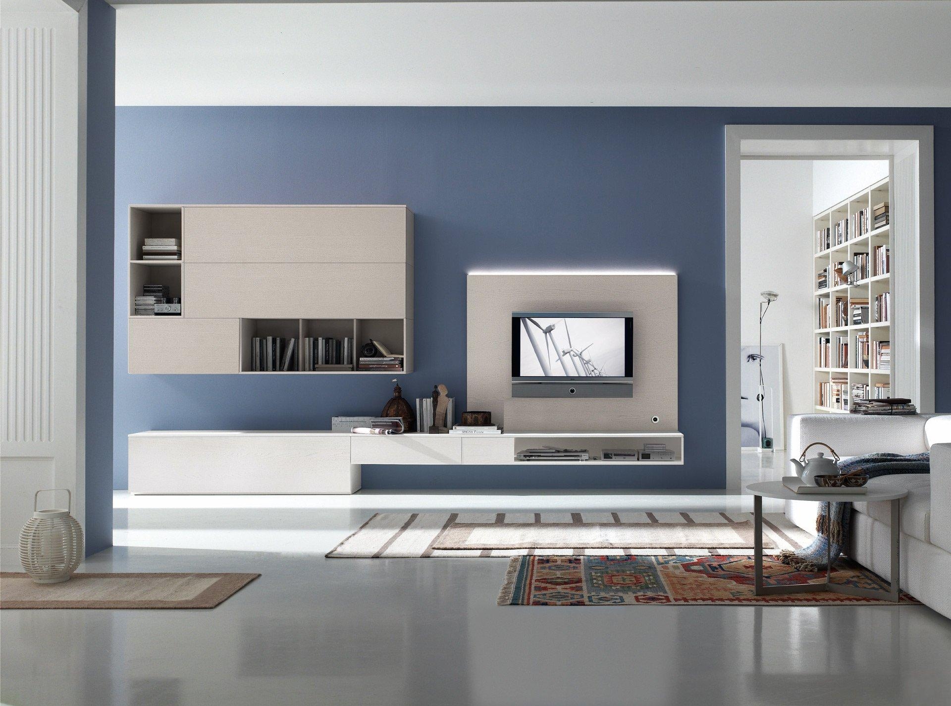Бело-синяя гостиная в стиле модерн