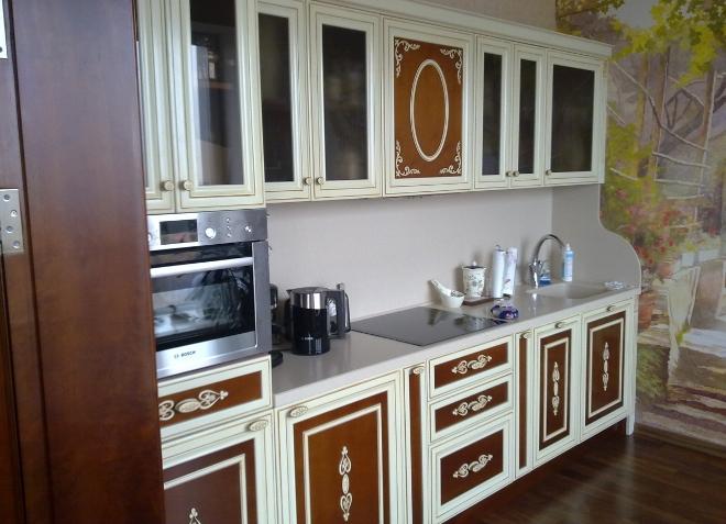 Декоративная обработка фасадов кухни