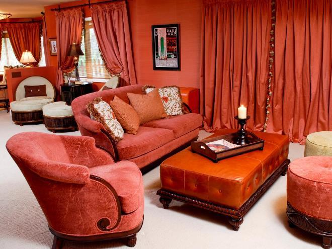 Коричневый с розовым или красным