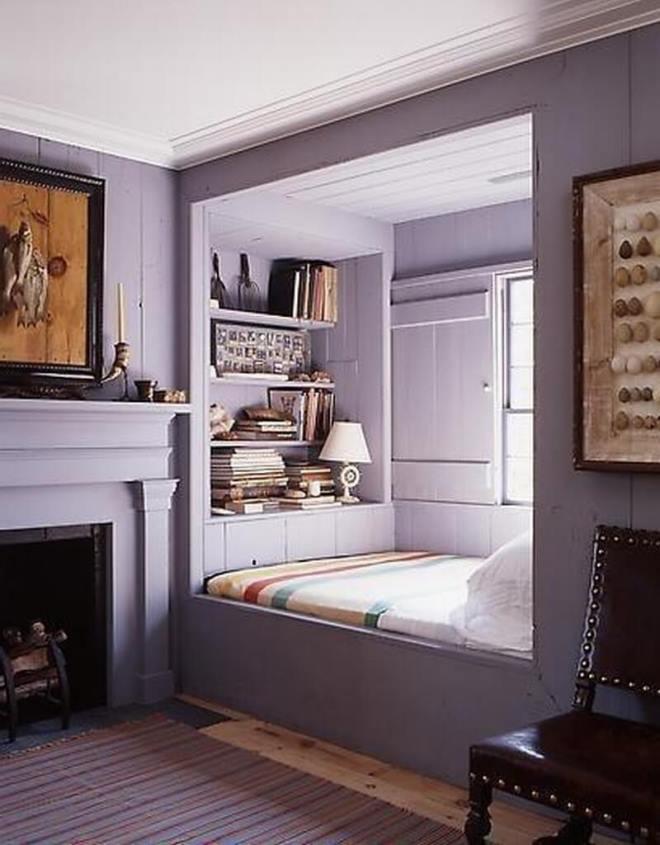 Как комфортно поставить кровать у окна в спальне