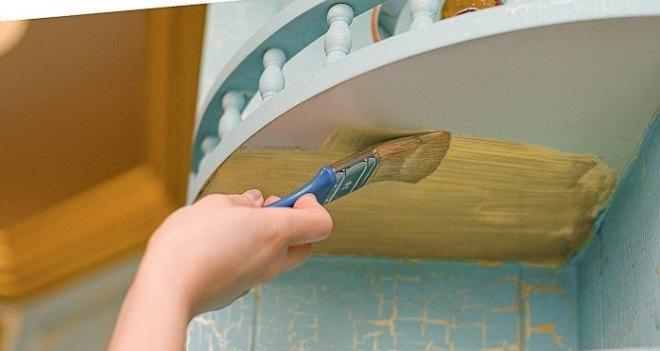 Покраска и лакировка – легкий способ преобразить гарнитур