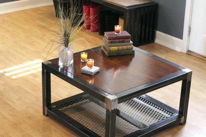 Металлические столы для лофта