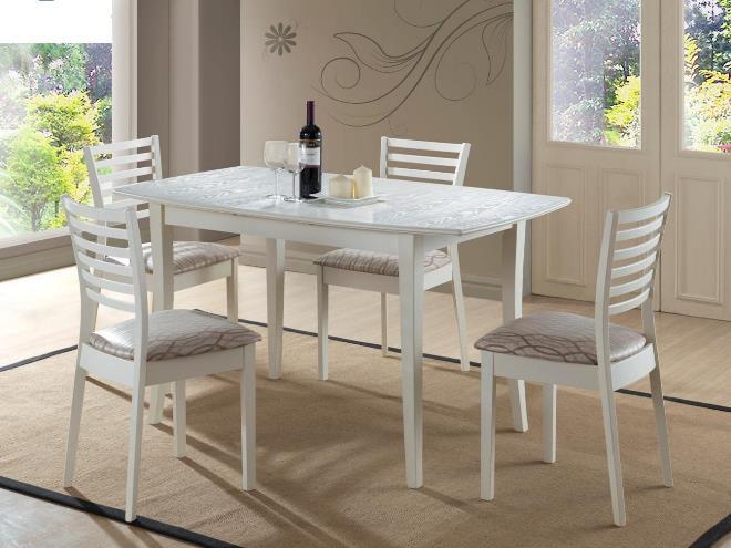 Обеденный стол для кухни