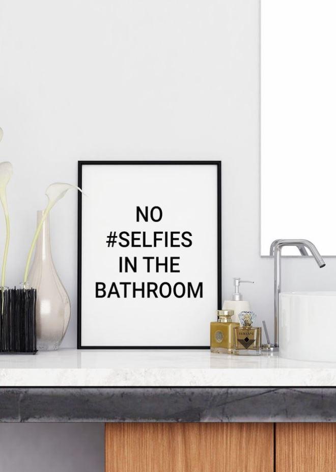 Постеры в ванной