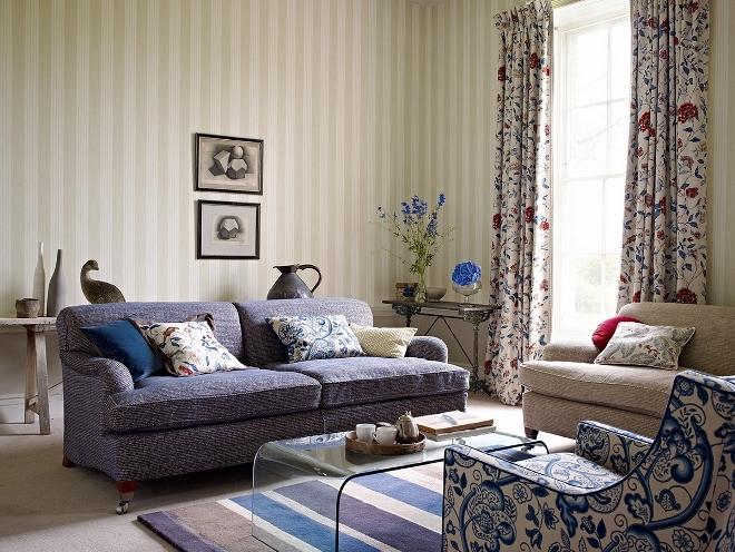 Оттенки и принты текстиля в гостиной