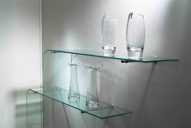 Преимущества стеклянных полок