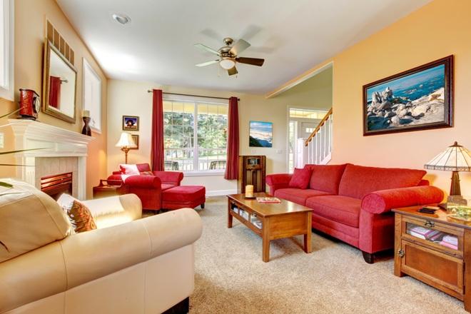 Интерьер квартиры в персиковом цвете