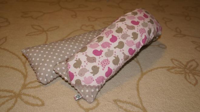 Как сшить подушку-валик