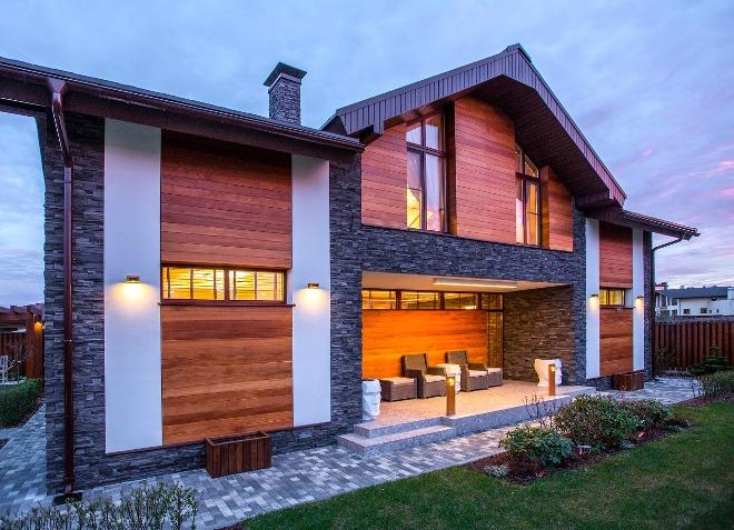 Комбинированная облицовка фасада дома