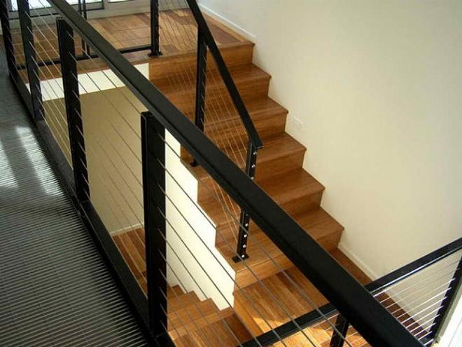 Комбинированные перила для лестниц