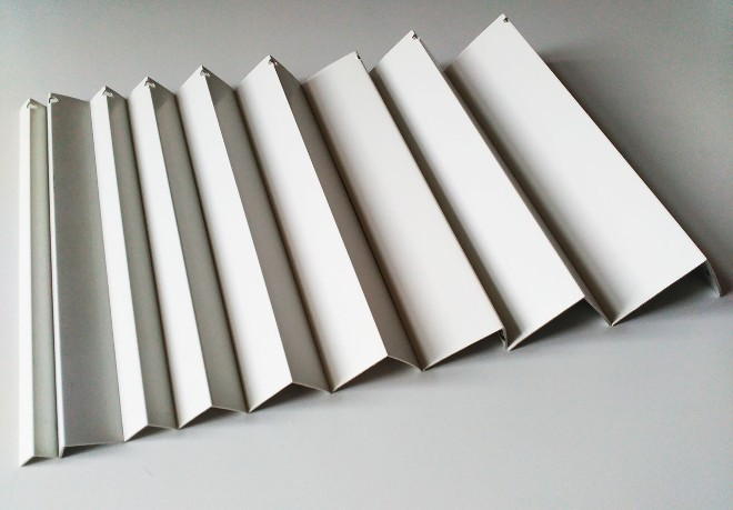 Материалы изготовления пластмассовых уголков
