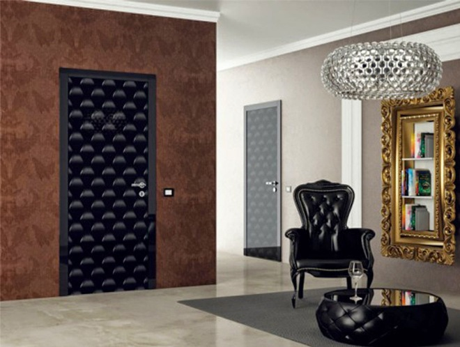 Мягкая обивка дверей