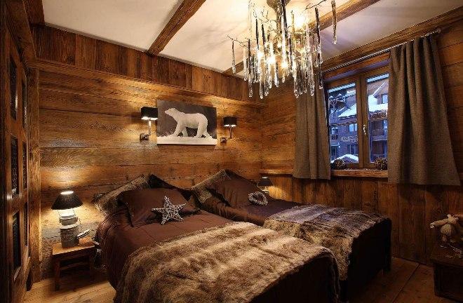 Отделка стен, пола, потолка охотничьего домика