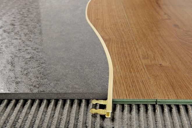 Порожки для стыка между плиткой и ламинатом