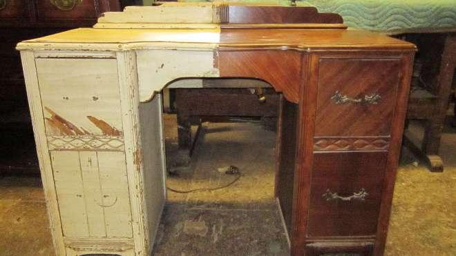 Реставрируем старый шкаф