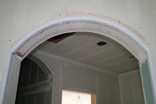 Виды уголков для отделки арок