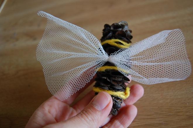 Летающая пчелка