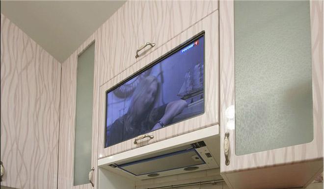Шкафчик с выдвижным ТВ