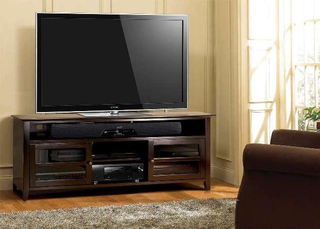 Телевизор на тумбе