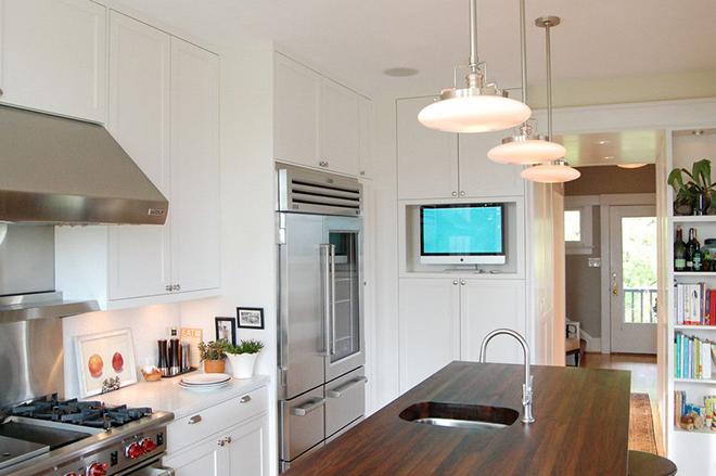 Удачное размещение телевизора на кухне