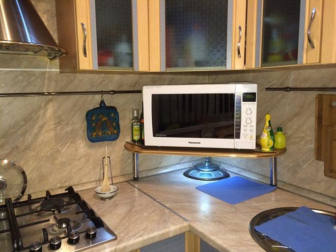 Установка на кухонную полку