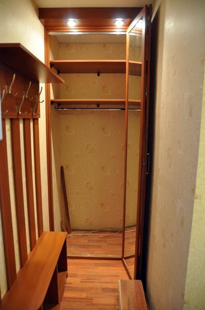 Функциональный дизайн маленькой кладовки в квартире
