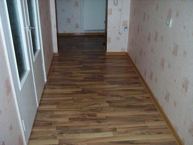 Линолеум в коридоре