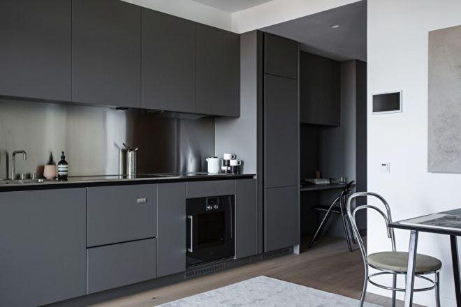 Серая кухня в стиле минимализм