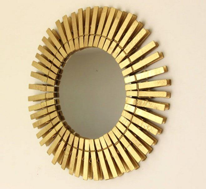 Стильная рамка для зеркала