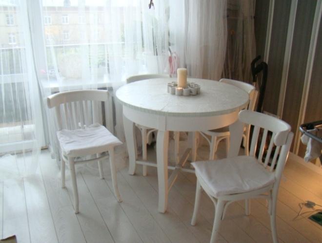 Переделка старого стола и стульев