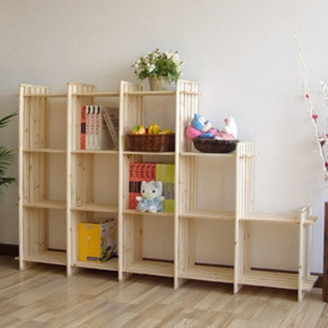 Деревянный шкаф для игрушек