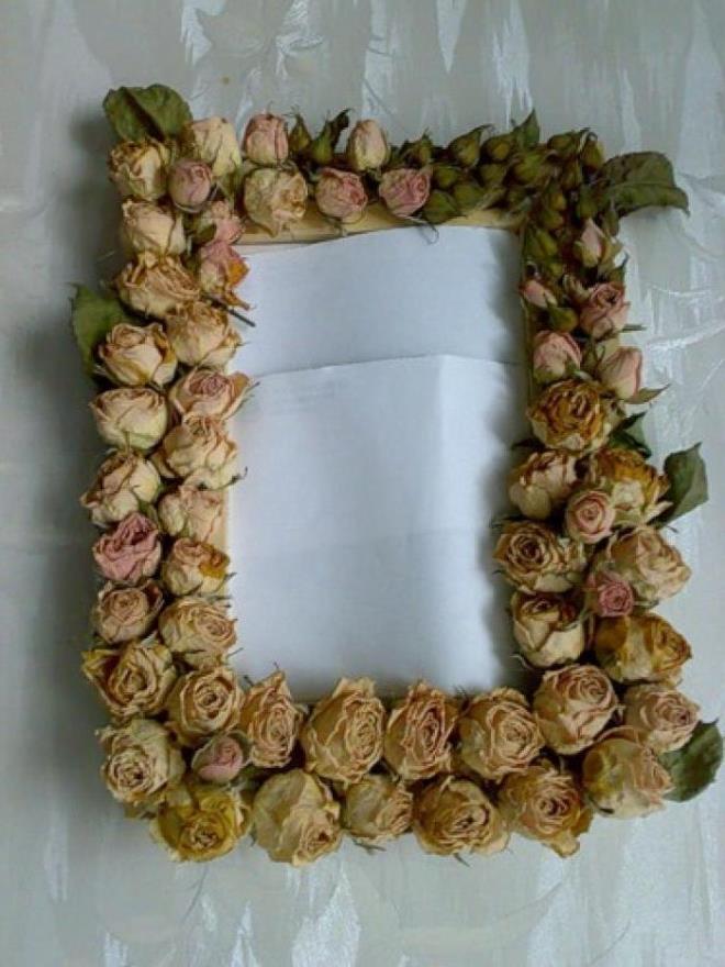Рама из цветов
