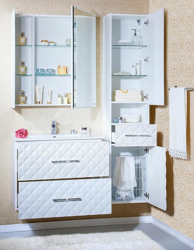 Разных цветов шкаф в ванную