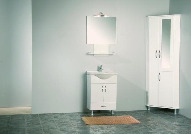 Угловые шкафчики в ванную