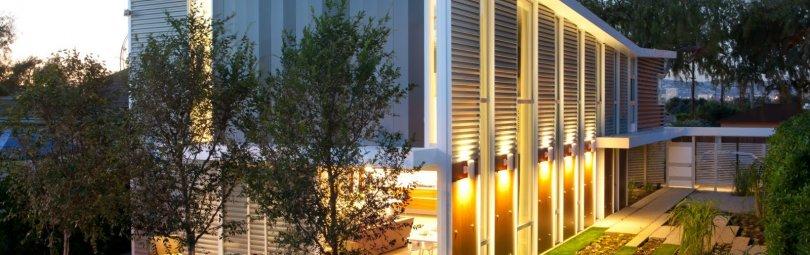 Подсветка дома в стиле хай тек